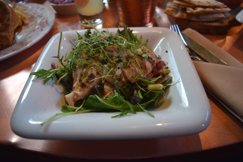 bar-lounge_chicken-salad