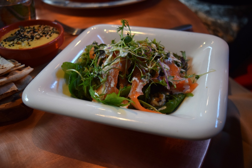 bar-lounge_smoked-salmon-salad