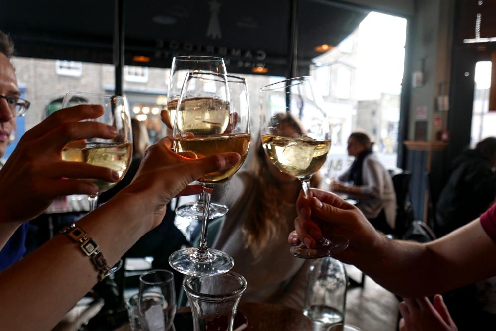 Cambridge - Cheers Wine